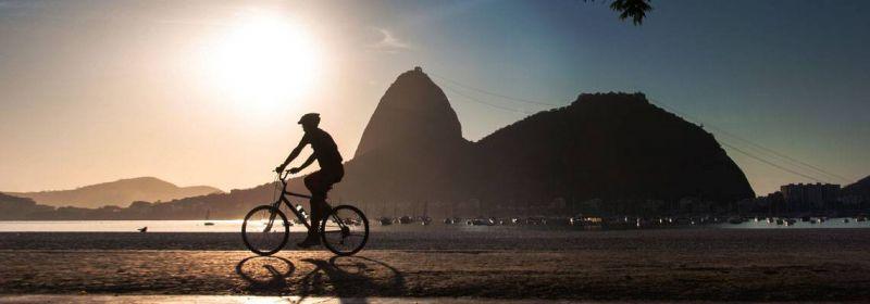 Precisa reduzir o colesterol? Andar de bicicleta pode ajudar nessa missão